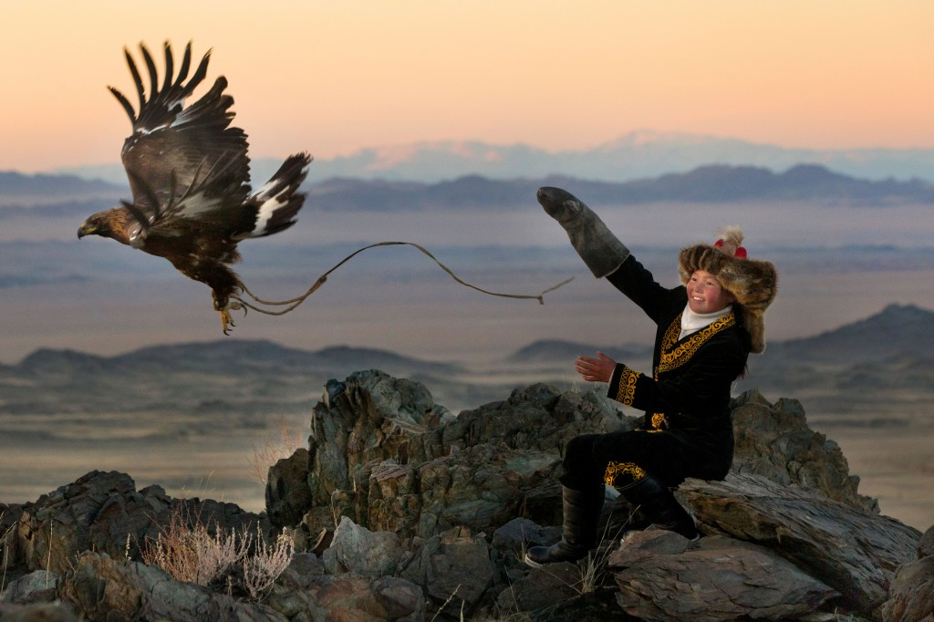 CATERS_Eagle_Huntress_01-1024x682